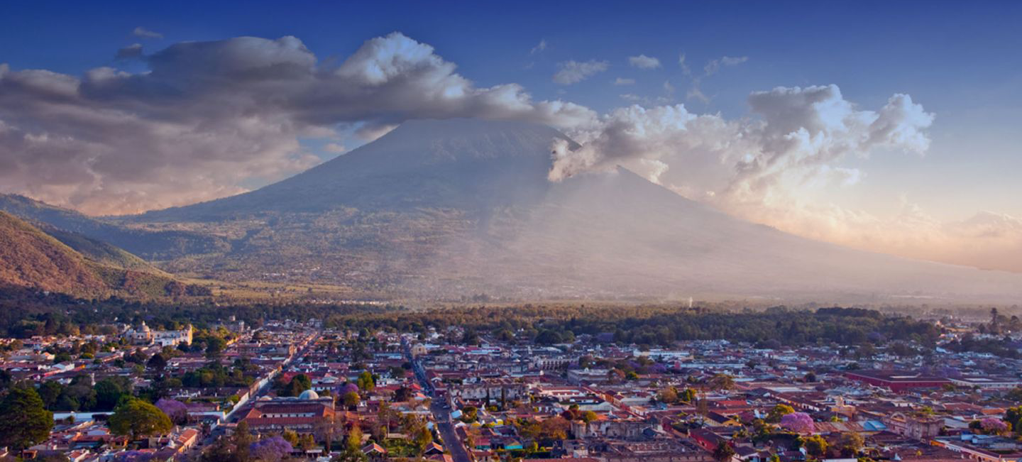 Information and History about Antigua Guatemala and budge hotels. 510477cfa57